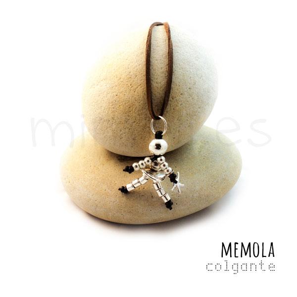 memola_collar